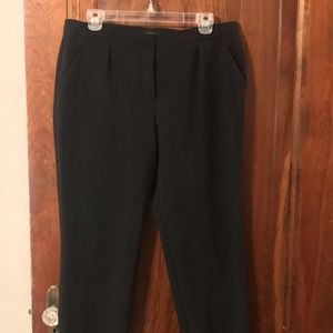 Worthington Modern Fit Capri Dress Pants
